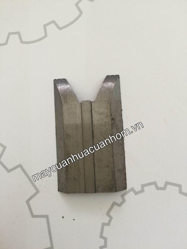 Lưỡi làm sạch CNC